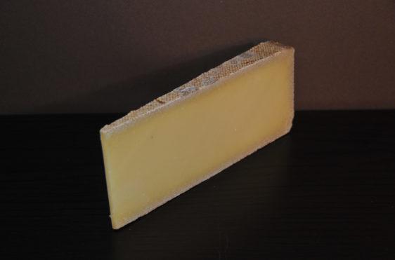 Tranche de fromages de l'Etivaz alpage
