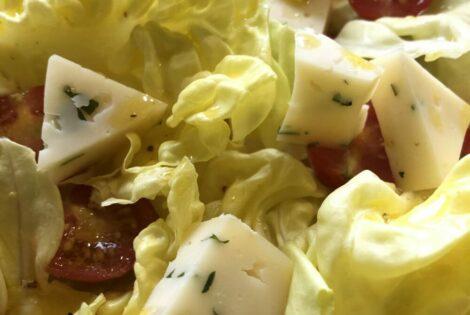 Salade pommes de terre / tomme à l'ail des ours